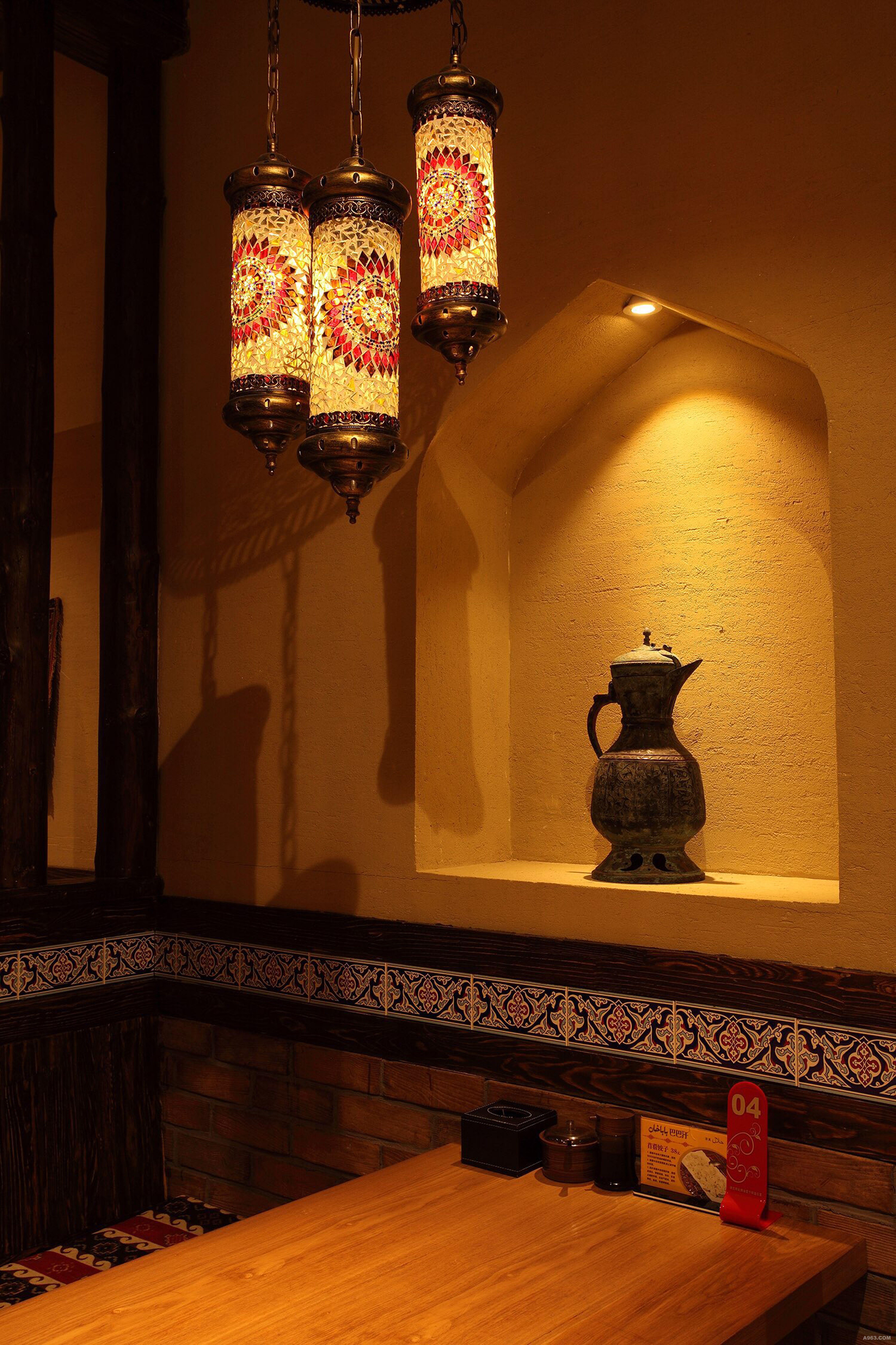 新疆乌鲁木齐万达广场巴巴汗餐饮空间设计